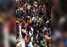 Os manifestantes reivindicam melhores salários (FOTO: Reprodução/WhatsApp)