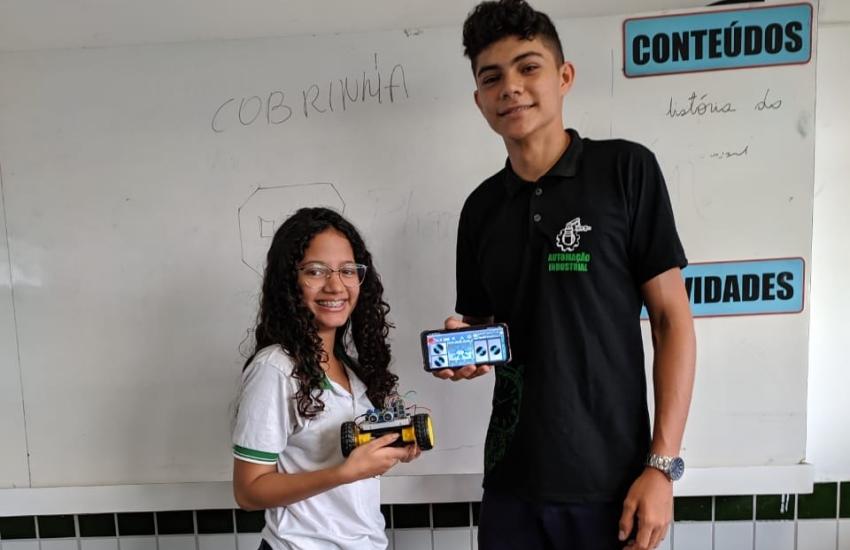Estudantes cearenses criam micro robô para crianças com deficiências