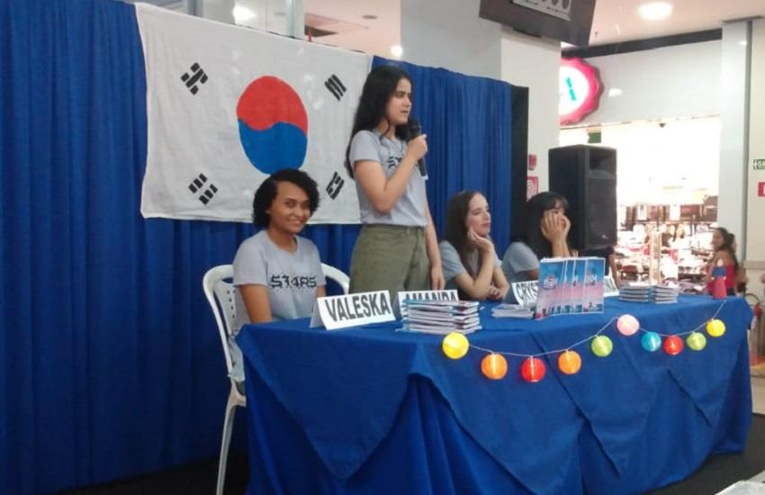 Estudantes de Juazeiro do Norte aprendem coreano e criam gramática da língua