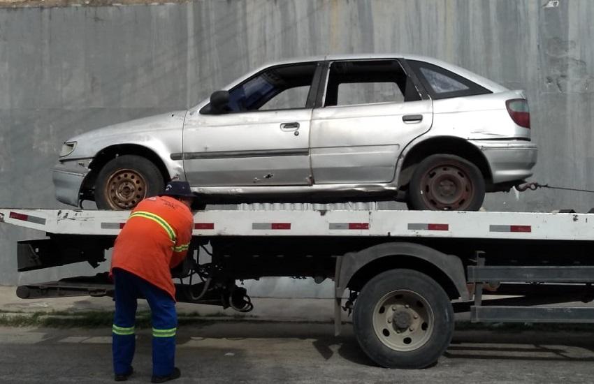 Veículos abandonados: saiba como fazer denúncia para eles serem retirados de via pública