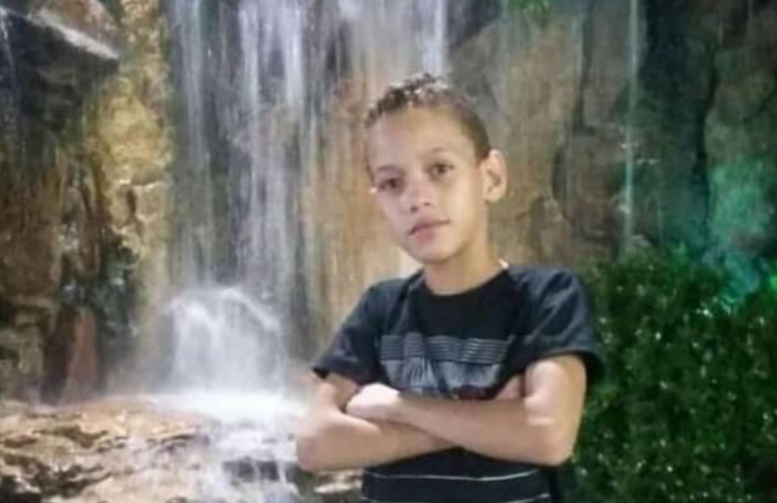 """""""Educado e apaixonado por dança"""", dizem vizinhos de menino morto após ser baleado no Vila União"""
