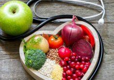 Aliada a medicação, o paciente deve ter uma alimentação balanceada (FOTO: Divulgação)