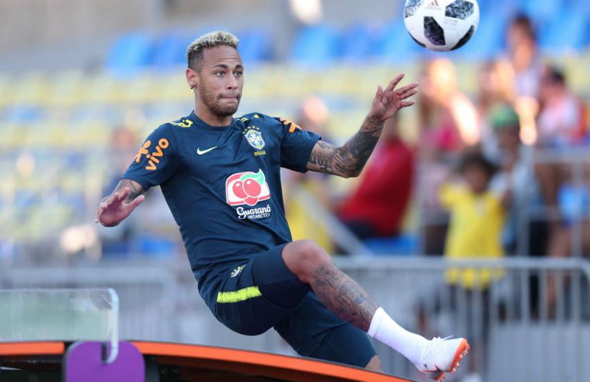 Boteco de Fortaleza promete bebida grátis a cada tombo do Neymar contra a Sérvia