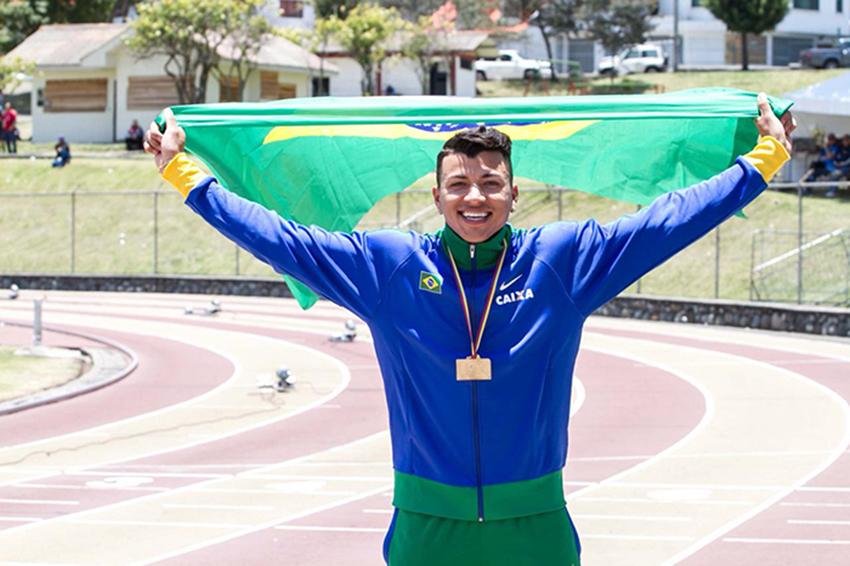 Atleta de Salto Triplo cearense é destaque nacional e internacional