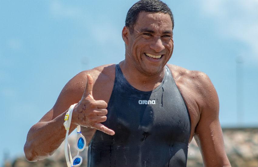 Atleta radicado no Ceará é o primeiro latino-americano a participar de ultramaratona aquática na Espanha