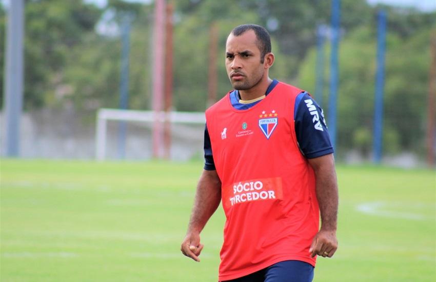 Edinho se destaca pela sua velocidade durante os jogos do Fortaleza