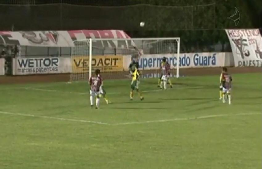 Jardel marcou um belo gol diante do Quixadá (FOTO: Reprodução TV Jangadeiro)