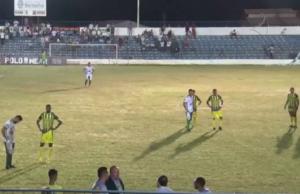 Todas as bolas saíram do estádio (FOTO: Reprodução TV Jangadeiro)