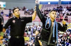 O atleta coleciona inúmeros títulos (FOTO: Reprodução/ Instagram)
