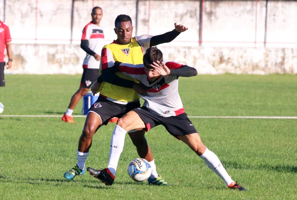 O time comandado por Marcelo Vilar soma 13 pontos na competição. (Foto: Xandy Rodrigues)