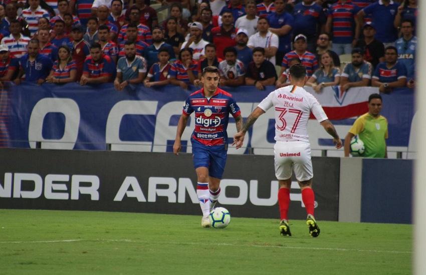Fortaleza pressiona mas perde para o Internacional na estreia de Zé Ricardo