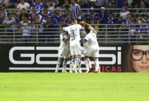 Os gols da partida foram marcados por Bruno Melo e Edinho. (FOTO: Ailton Cruz/Gazeta de Alagoas)