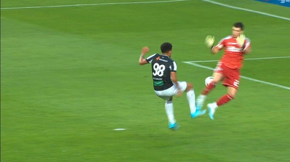 Ceará vai entrar com representação contra árbitros da partida diante do São Paulo