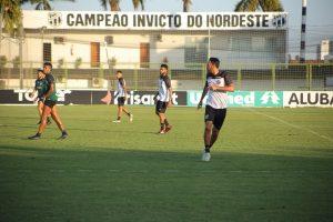 Ceará deve ir com time titular, com no máximo dois desfalques. (Foto:Marcelo Vidal/cearasc.com)