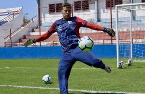 Após quase quatro meses parado, Boeck retorna à equipe titular. (Foto: Leonardo Moreira / Fortaleza EC)