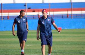 Rogério Ceni comandou o treino de domingo (29). (Foto: Bruno Oliveira/Fortaleza EC)