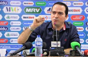 Marcelo Paz criticou a arbitragem após o jogo contra o Flamengo. (Foto: Xandy Rodrigues/Fortaleza EC)