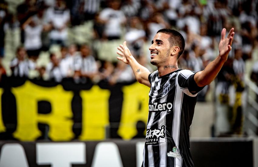 Thiago Galhardo comemora gol pelo Ceará (Foto: Stephen Eilert/Ceara SC)