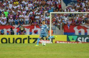 Felipe Alves é o goleiro com mais posse de bola do Brasileirão. (FOTO: Leonardo Moreira/Fortaleza EC)