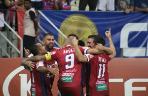 O Fortaleza venceu o Santos por 2 a 1 na noite de ontem (FOTO: Leonardo Moreira/FortalezaEC)