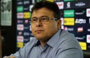 Robinson de Castro concedeu entrevista exclusiva ao Futebolês.