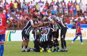 Ceará garante vaga na próxima fase da Copa do Brasil. (Foto: Felipe Santos/cearasc.com)