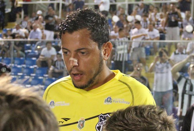 Fernando Henrique perde a posição de titular do Vovô