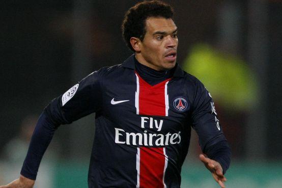 Ceará passou cinco anos jogando no PSG, da França