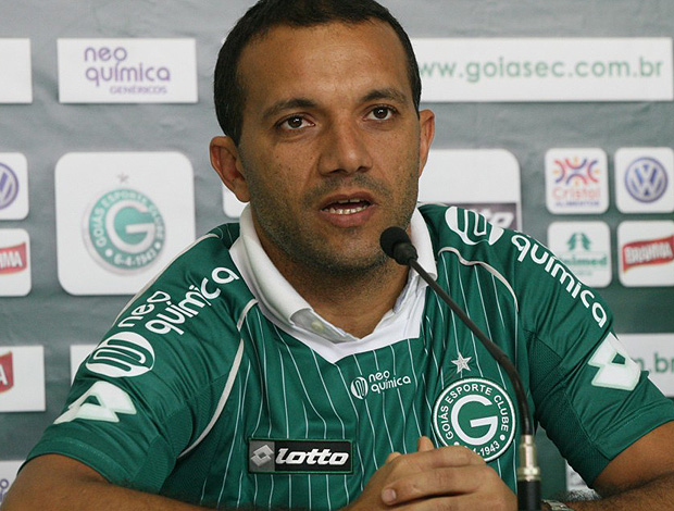 Iarley completou 150 jogos com a camisa do Goiás