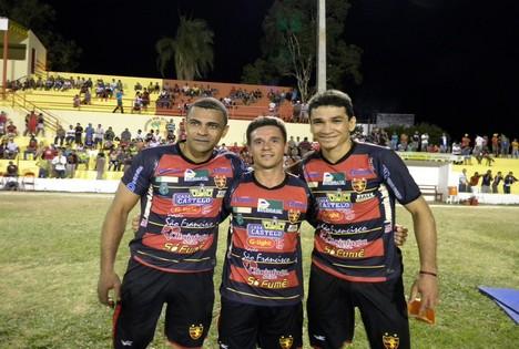 Nasa, Márcio Alan e Ronaldo Angelim foram as atrações em amistoso do Guarani de Juazeiro