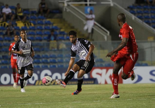 Ceará acumulou mais um resultado negativo na Série B 2012