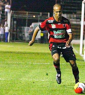 Zagueiro Dezinho, ex-Ceará e Fortaleza, não enfrenta o Icasa