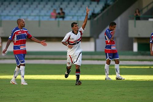 Clássico entre Ferroviário e Fortaleza será realizado no estádio Alcides Santos