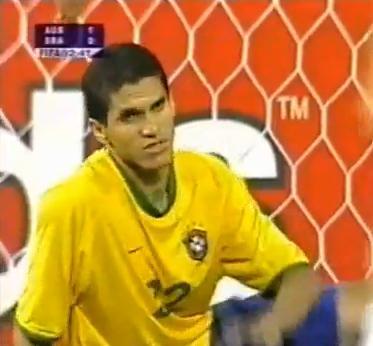 Magno Alves foi titular do Brasil contra a Austrália