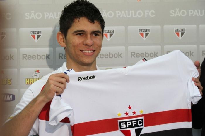 Atacante Osvaldo deve ficar no São Paulo, pelo menos, até o fim de 2013