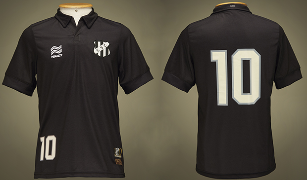 Uniforme número 3 do Ceará faz homenagem às primeiras conquistas da equipe