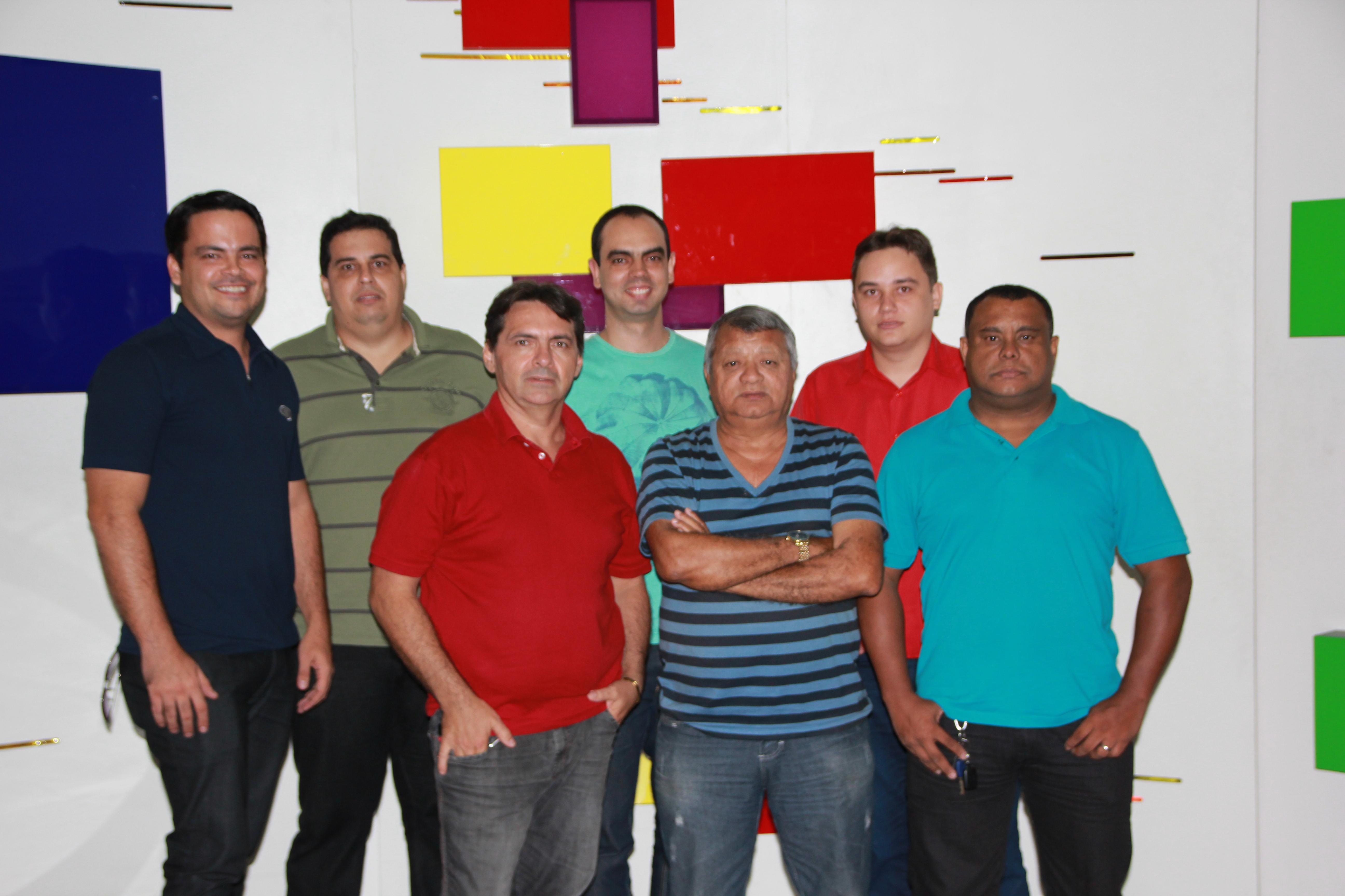 A Tribuna Band News FM vai contar com um time de especialistas esportivos (FOTO: Divulgação)