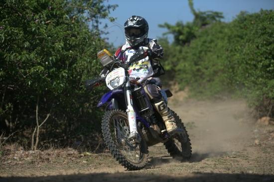 As motos levantaram poeira (FOTO: Divulgação)