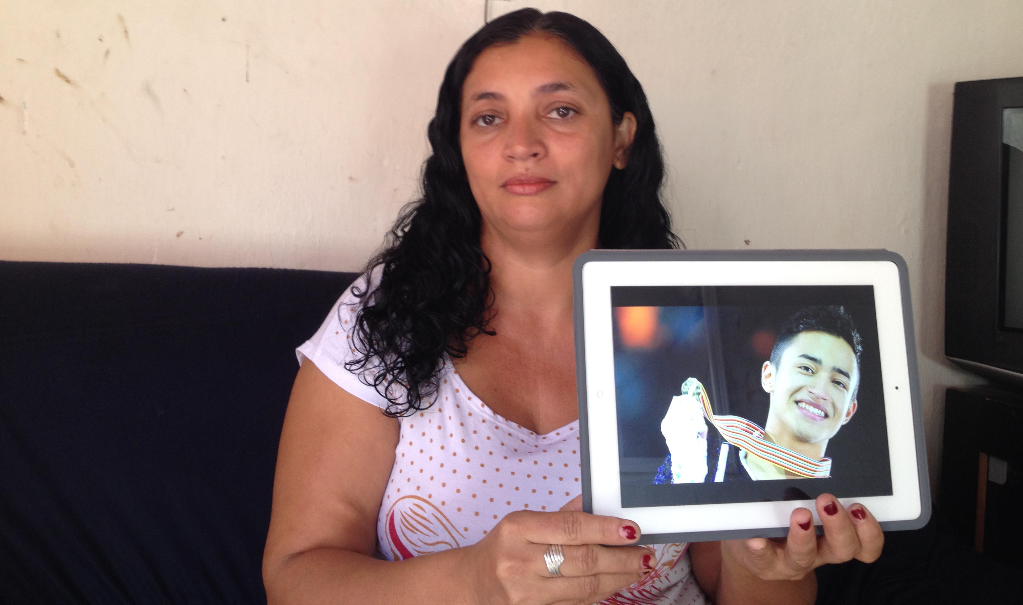 Delfina não tem contato com Francisco Thiago, hoje Florent Amodio, há 22 anos (FOTO: Lucas Catrib)
