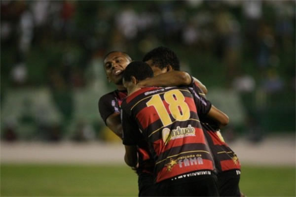 O Leão do Mercado venceu por 1 a 0 e assumiu o 2º lugar da competição (FOTO: Agência Miséria)