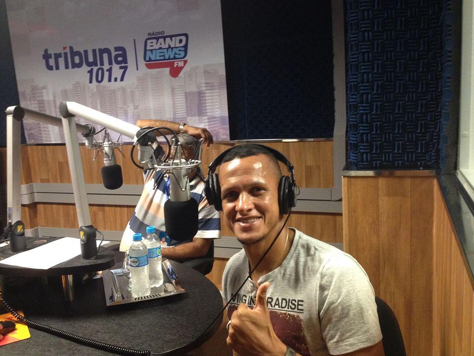 Meia Souza participou do programa Tribuna Band News Esporte, na rádio Tribuna Band News FM (FM 101.7) (FOTO: Lucas Catrib)