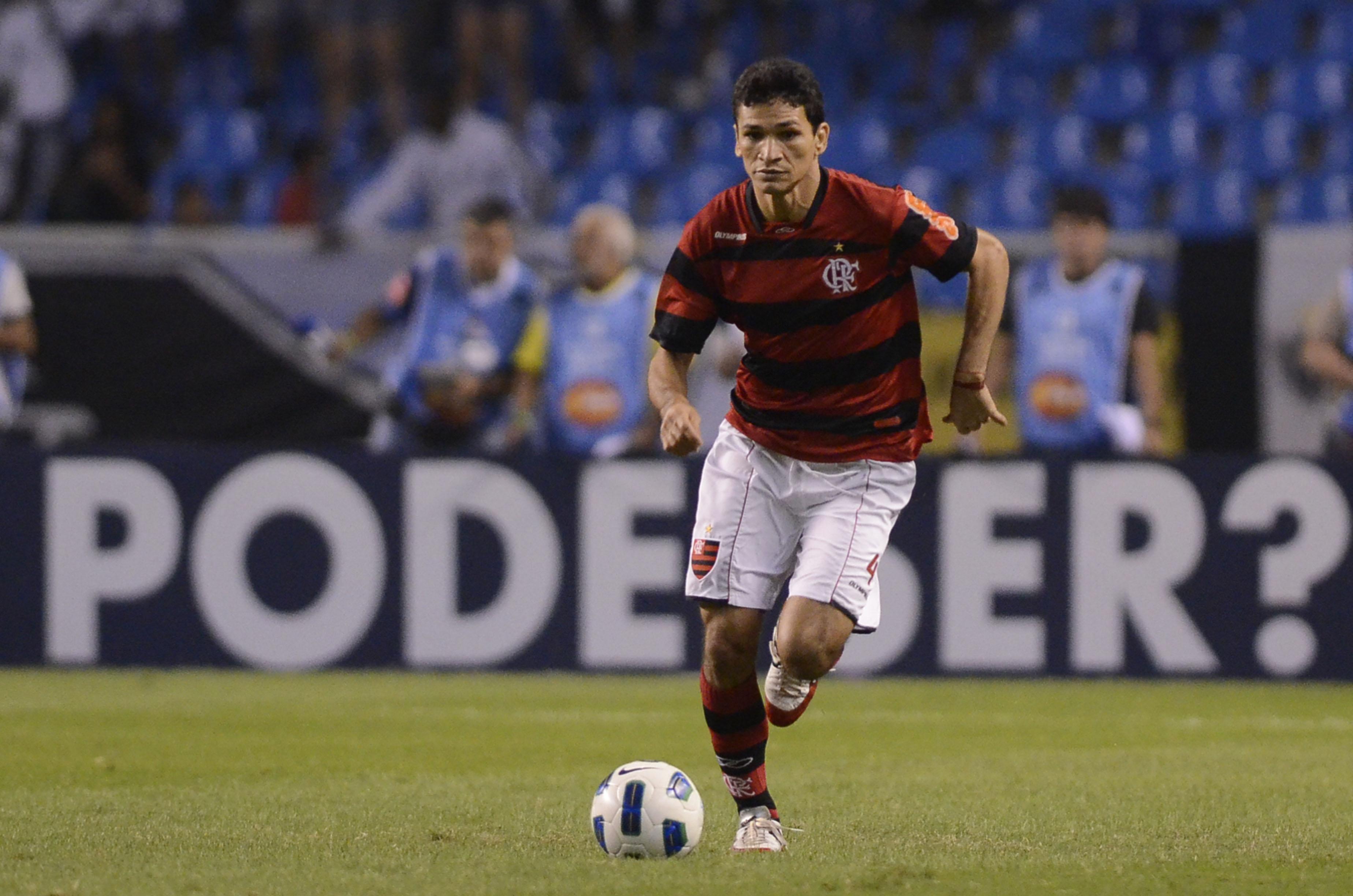 Ronaldo Angelim foi campeão brasileiro defendendo o Flamengo em 2009 (FOTO: Vipcomm)