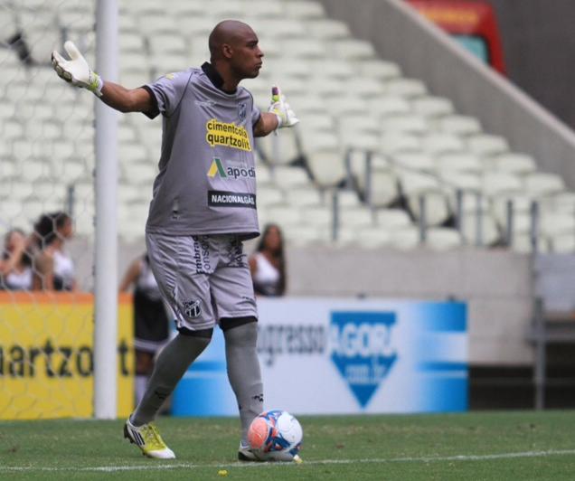 Jaílson foi titular no gol do Alvinegro (FOTO: Divulgação/CearaSC.com)