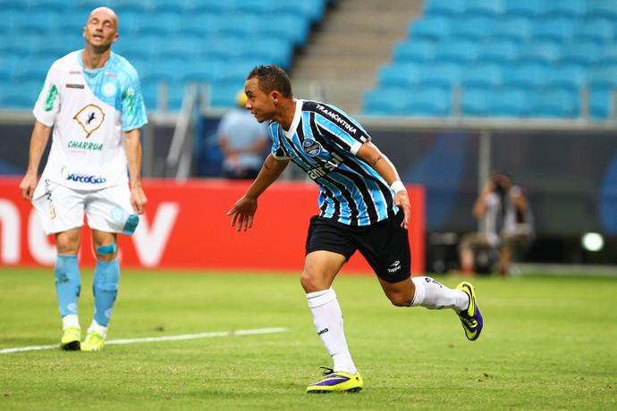 Everton já marcou dois gols pela equipe profissional do Grêmio (FOTO: Divulgação)