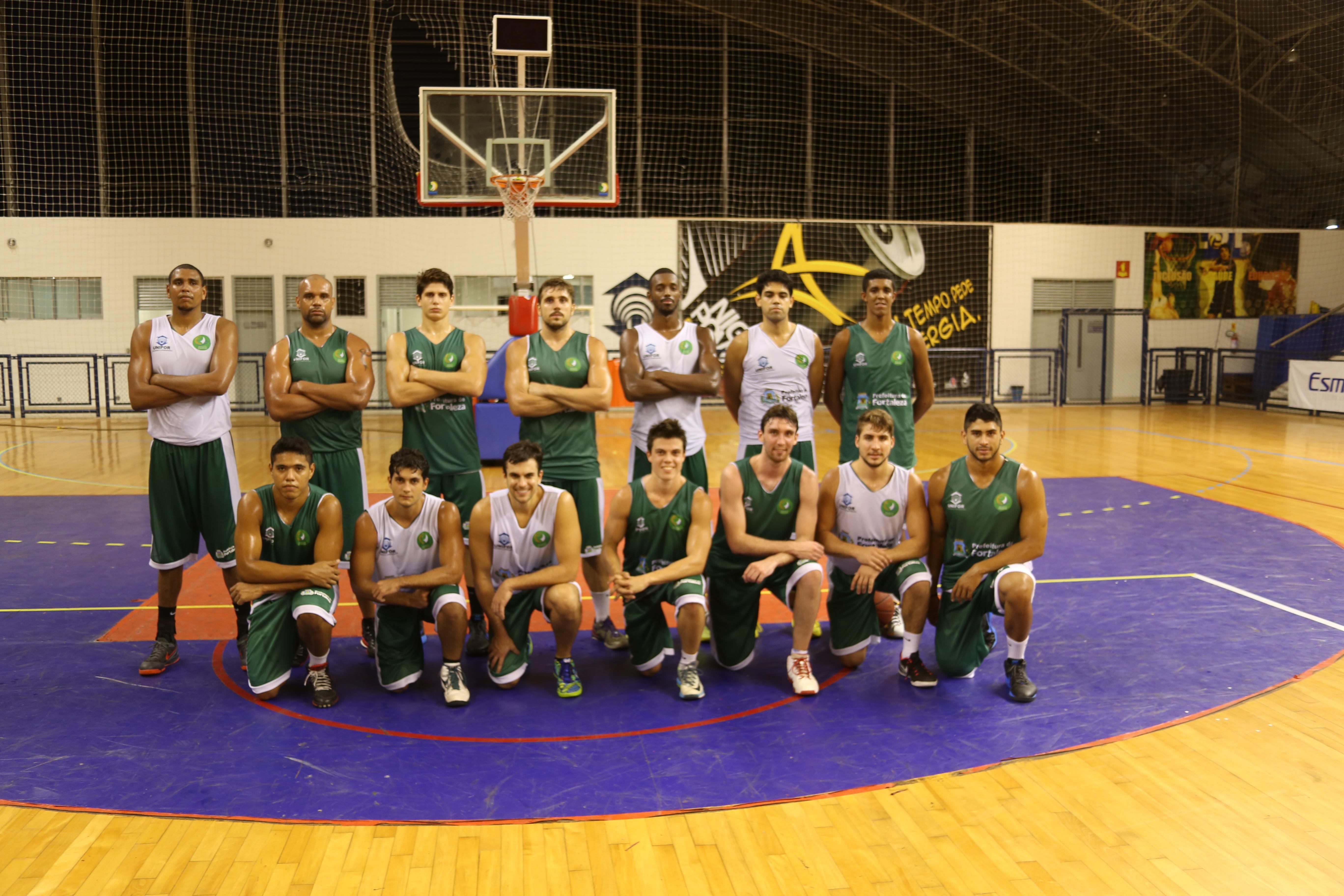 O Basquete Cearense já tem quatro novos reforços treinando entre o grupo (FOTO: Lucas Catrib)