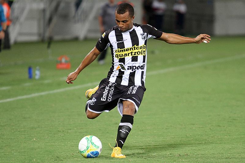 Para partida deste sábado (22), Samuel Xavier deve começar como titular mais uma vez. (Foto: Divulgação/CearáSC)