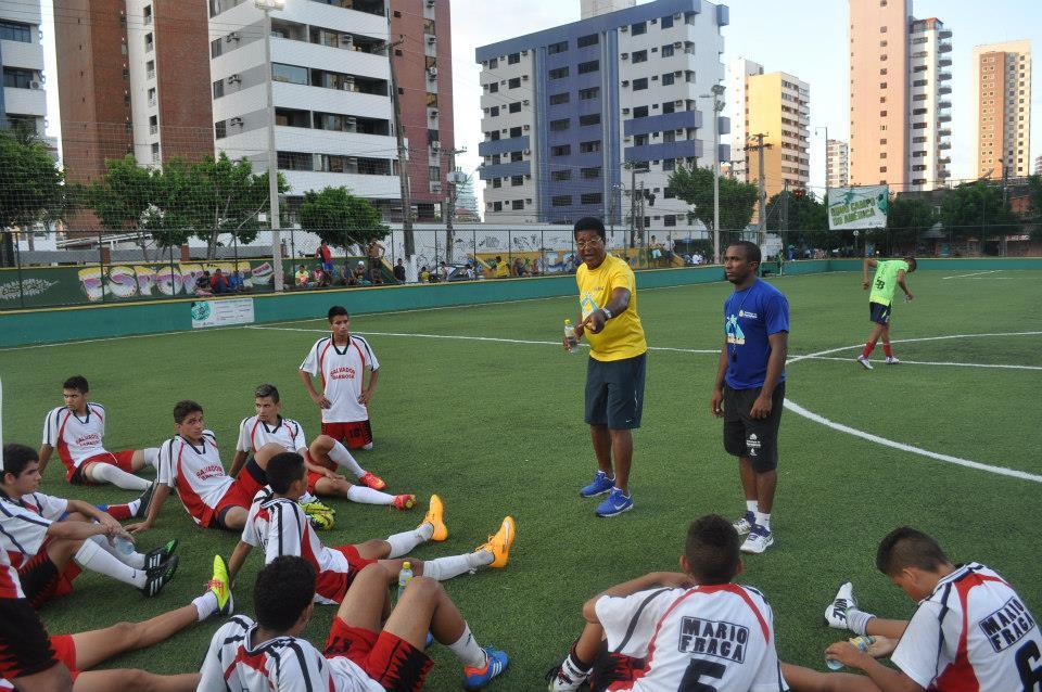 Salvador Barbosa comandava projeto social no Campo do América (FOTO: Arquivo pessoal)