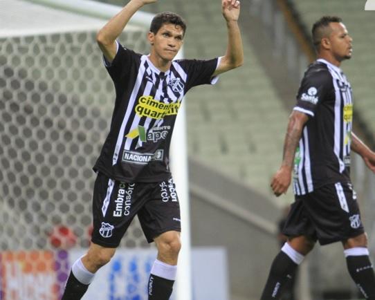 Magno Alves e Bill foram responsáveis por quase 50% dos gols marcados pelo Ceará em 2014. (Foto: Divulgação/CearáSC)