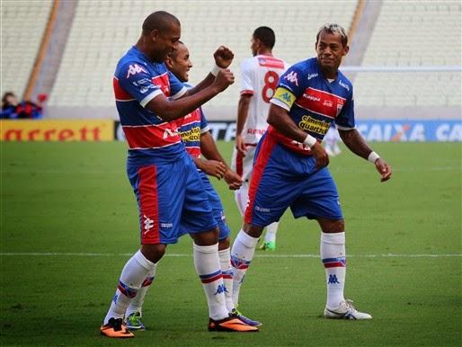 Robert e Paraiba realizaram uma bela temporada no Fortaleza. (Foto: Divulgação/Fortaleza)