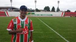 Souza acerta com equipe gaúcha (Foto: Divulgação/Passo Fundo)
